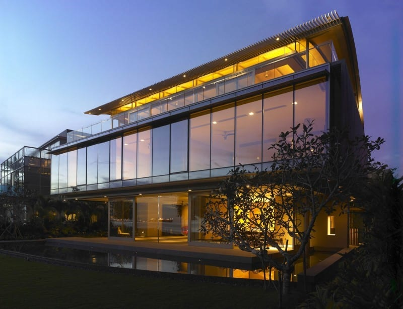 The 180 Degree Sea View House